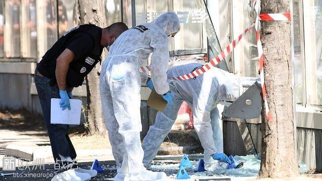 法国马赛一辆汽车恶性冲撞行人致1死1伤